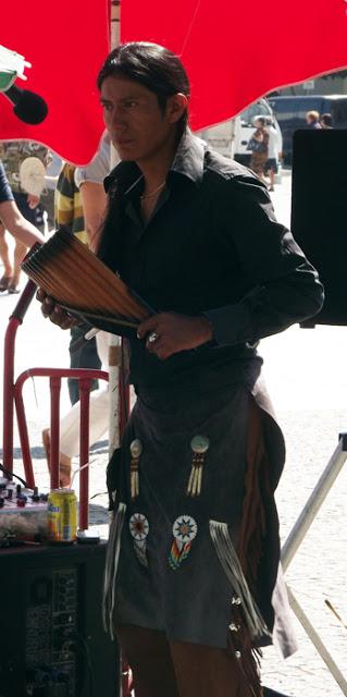 músico na Feira de Espinho
