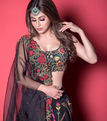 mouni roy instagram pics, wallpaper for phone