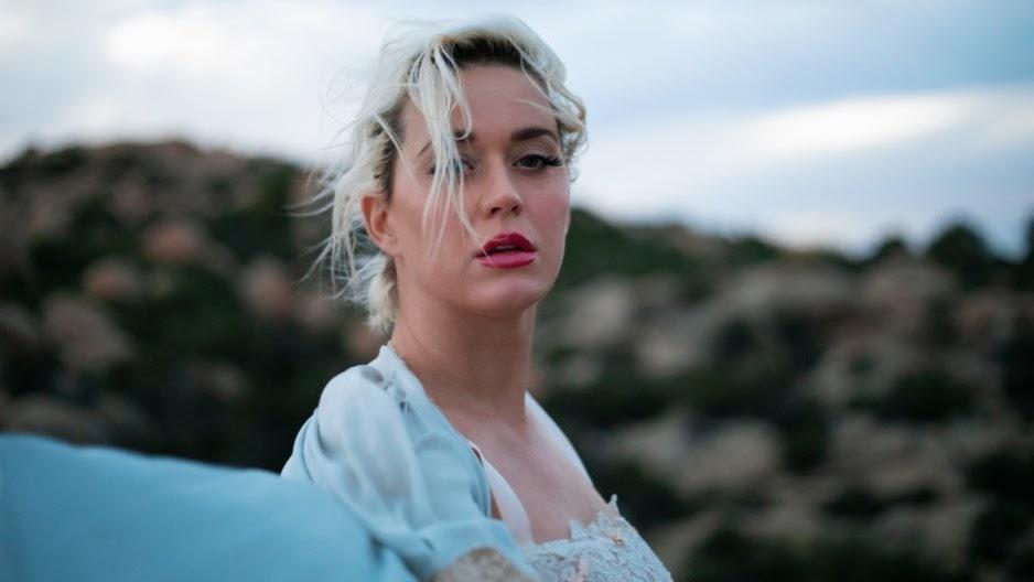 O novo disco de Katy chega no dia 14 de agosto