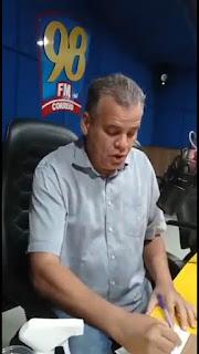 Emerson Machado tripudiando Samuka, que caiu de 27% na Correio para 8% na Arapuã