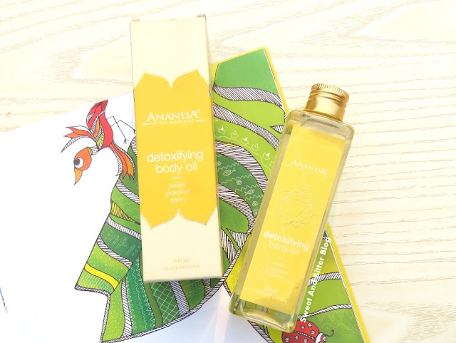 Ananda in the Himalayas Detoxifying Body Oil Juniper Grapefruit Cypress Review
