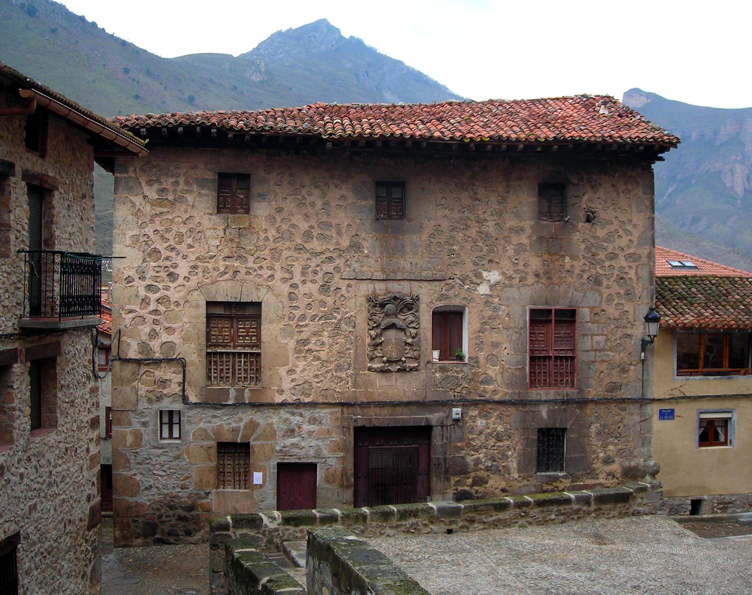 Casas solariegas en la rioja 395 anguiano i pza de la - Casas prefabricadas la rioja ...