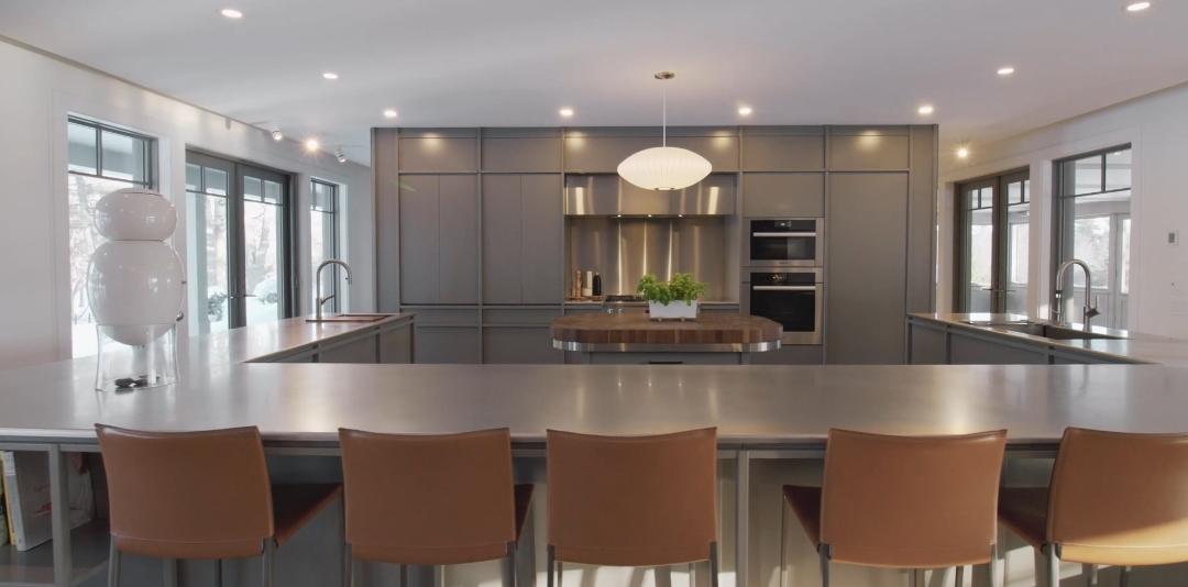 18 Interior Design Photos vs. 10 Chemin du Lac Seigneurial Luxury Home Tour