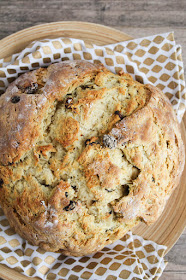 27 delicious bread recipes - from quick biscuits to artisan breads, there's a delicious bread recipe for every occasion!