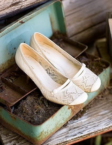 Vintage Bridal Shoes Online