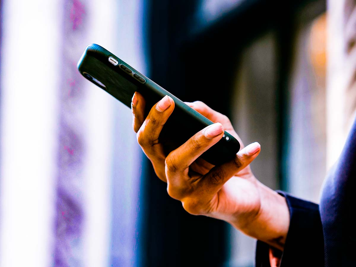 Nova tática burla bloqueio de phishing via SMS, alerta Kaspersky