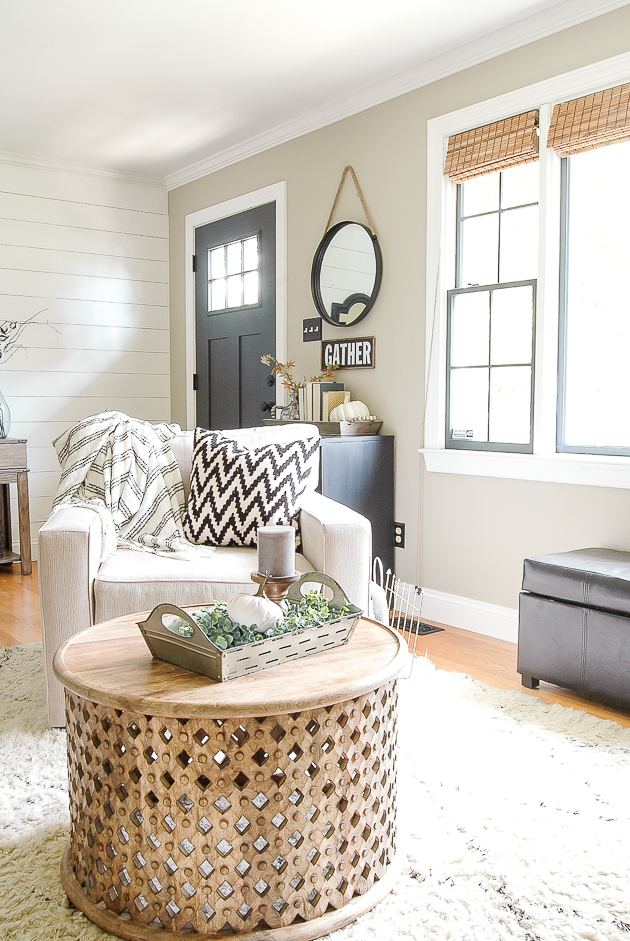 modern farmhouse fall living room