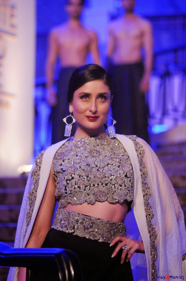 Fashion Style Amp Glamour World Kareena Kapoor At Lfw