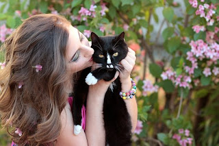 Cat bring happiness to her owner