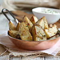 Herbed Roasted Potatoes with Sour Cream Dip