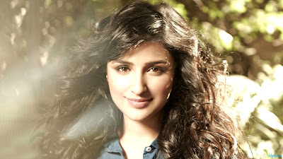 Parineeti chopra hot images for wallpapers