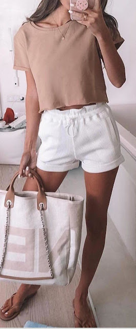 31 Cute and Cool Summer Outfit Ideas to Copy