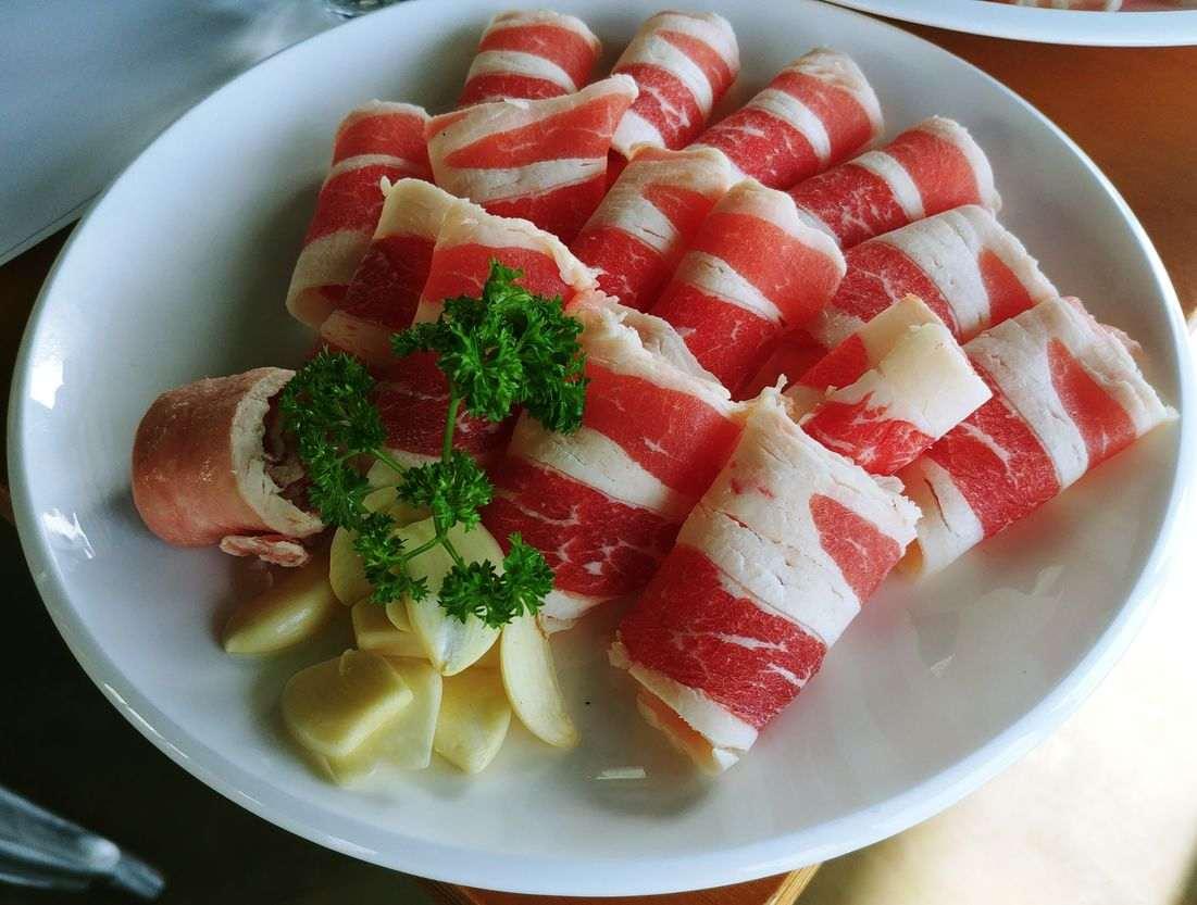 beef brisket deckle or chadolbagi at nice two Meat u