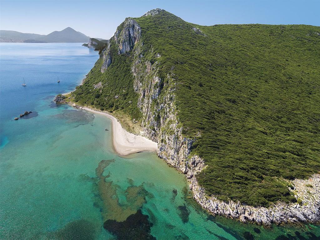 Коста-Наварино, Греция