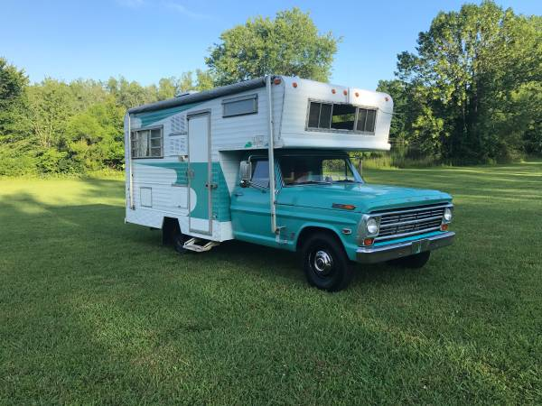 1968 Ford F-350 Camper Special