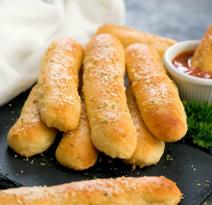 Low Carb Keto Garlic Breadsticks #glutenfree #keto #lowcarb #vegetarian