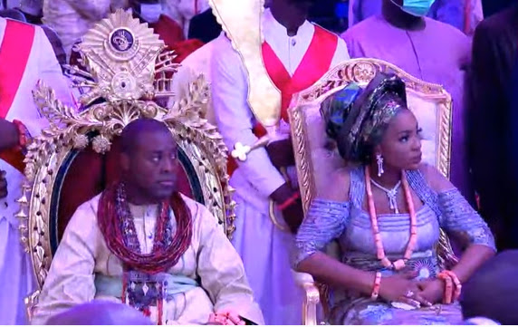 Check out more Photos of Obasanjo, Okowa, Ibori, and others as they attend the thanksgiving service of Olu of Warri (photos)