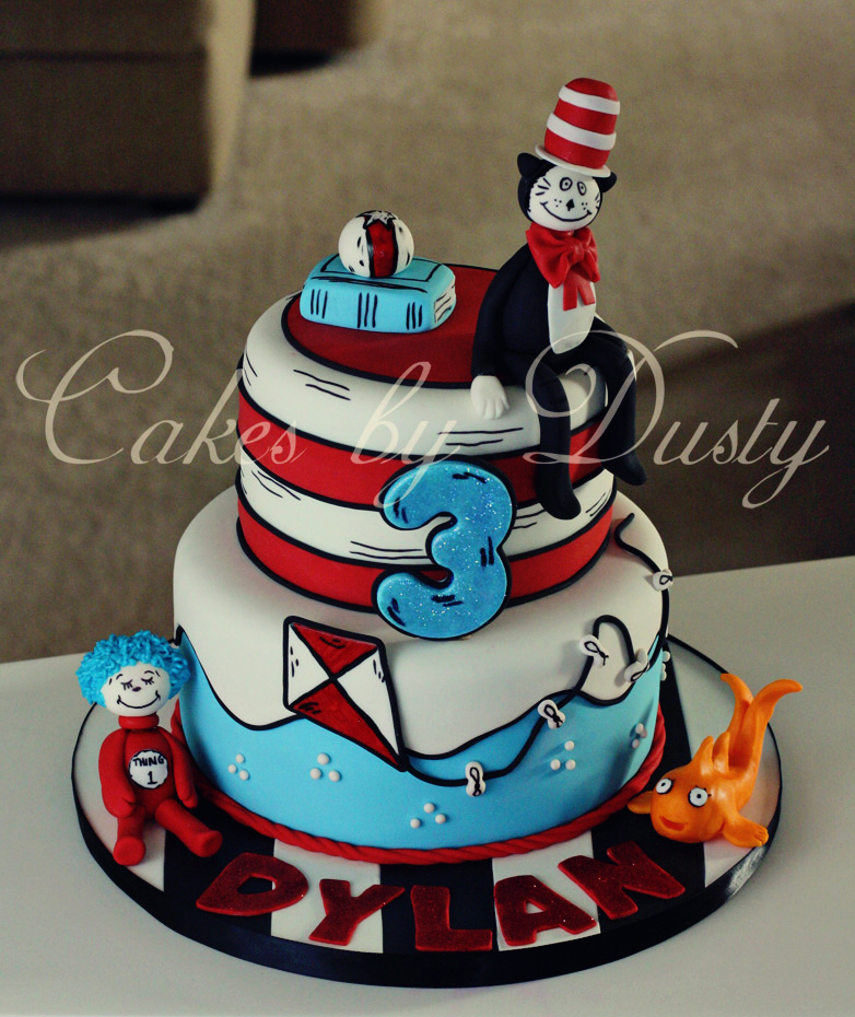 cat in the hat cake cakes by dusty s cat in the hat cake 2517