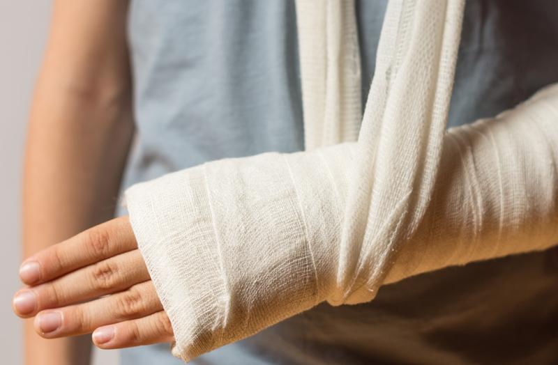 Yaşlılarda ev kazası ve kalça kırıklarına dikkat!