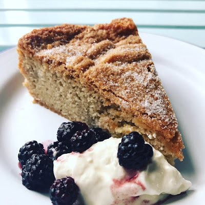 Apple and Cinnamon Cake Recipe - The Grazer