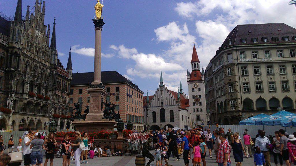 O que fazer em Munique na Marienplatz