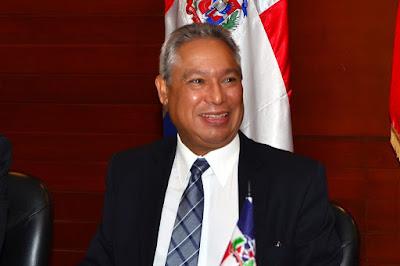 Ministro Isidoro Santana