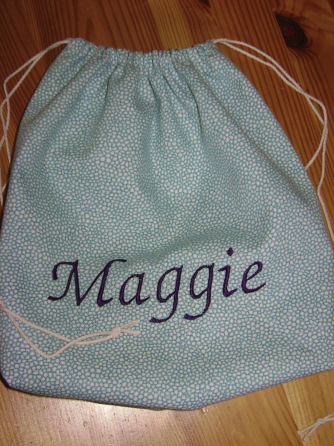 Hanging On By A Thread: Get A Grip-Drawstring Bag Tutorial