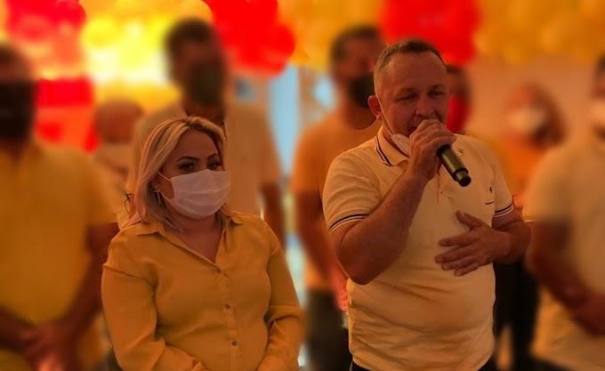 Cinthia Sonale e Galego Caetano são multados pelo TRE por propaganda eleitoral antecipada