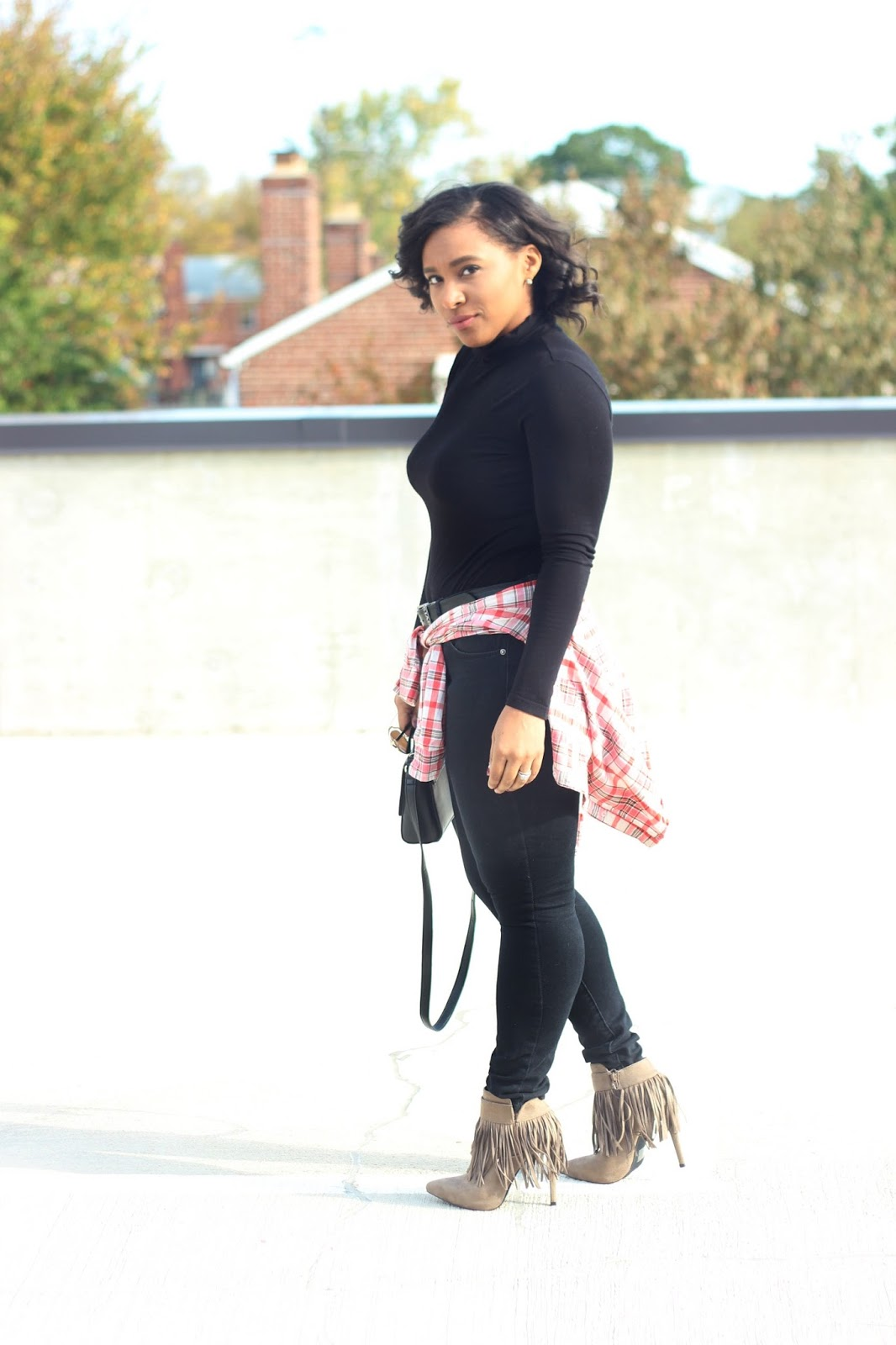 plaid, fringe, black outfits, fall outfits, sunglasses