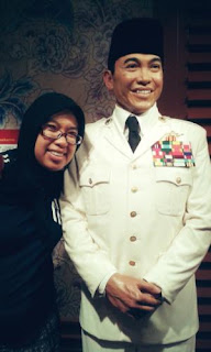 Bersama Mr. Founder di Madam Tussaud Singapura