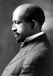 Black and white photo of Du Bois in profile