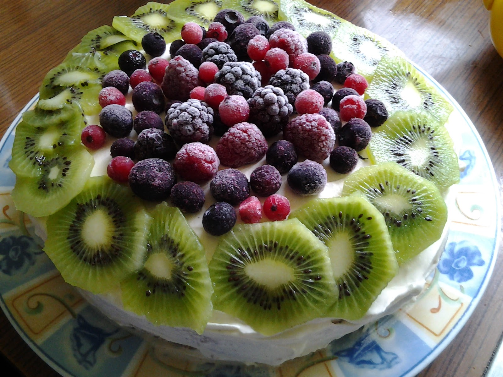 In Cake Tin Basic Sponge What Temp