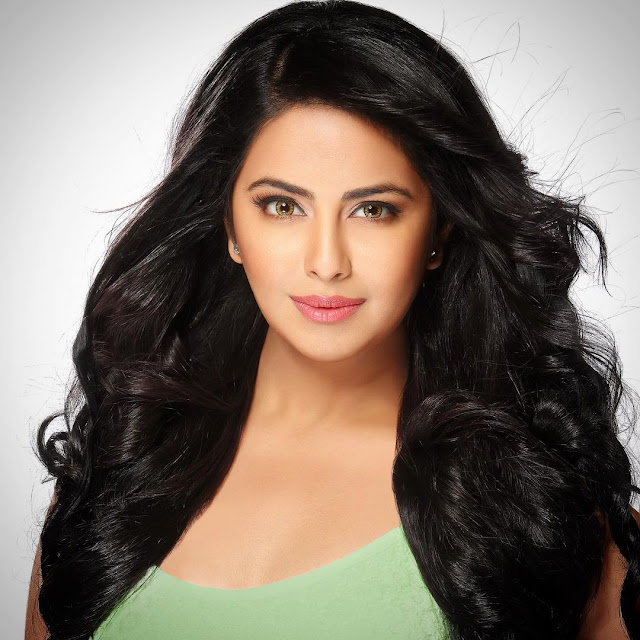 Avika Gor (Indian Actress) Wiki, Biography, Age, Height, Family, Career, Awards, and Many More