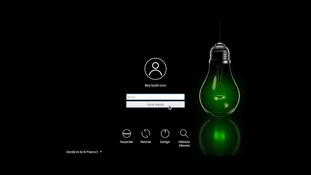 Tela de login do openSUSE Leap 42.2 com desktop KDE Plasma 5.8 LTS