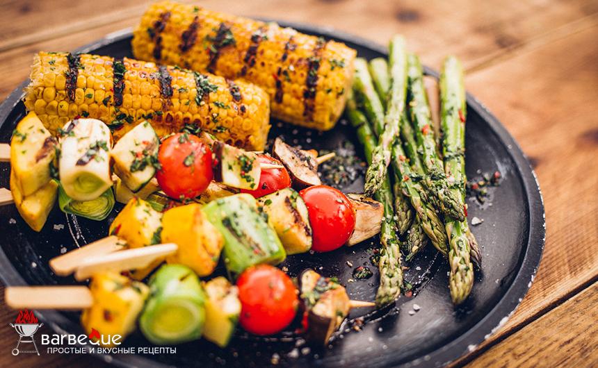 Шашлыки из овощей и кукурузы