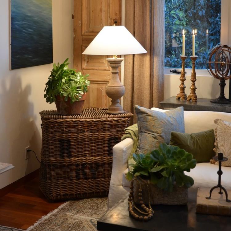 Ashton Kutcher room by Giannetti Home