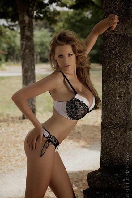 sexiest-Jordan-Carver-Fairy-Tale-hot-photo-shoot-picture-18