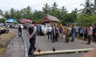 Tak Hanya Blokir Jalan, Nelayan BU Juga Sandera 3 Kapal Trawl 16 ABK