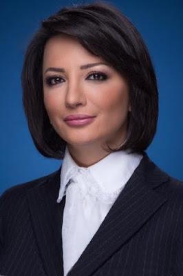 قصة حياة غادة عويس (Ghada Owais)، مذيعة وصحفية لبنانية، من مواليد 1977.