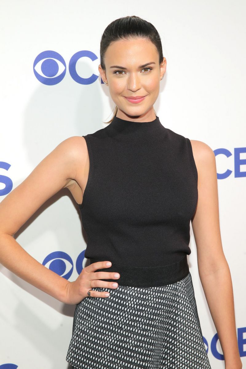 HQ Photos of Odette Annable in Black dress At 2016 CBS Upfront In New York