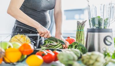 penyebab wanita hamil mudah lapar