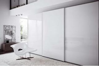 Garderobna omara za spalnico