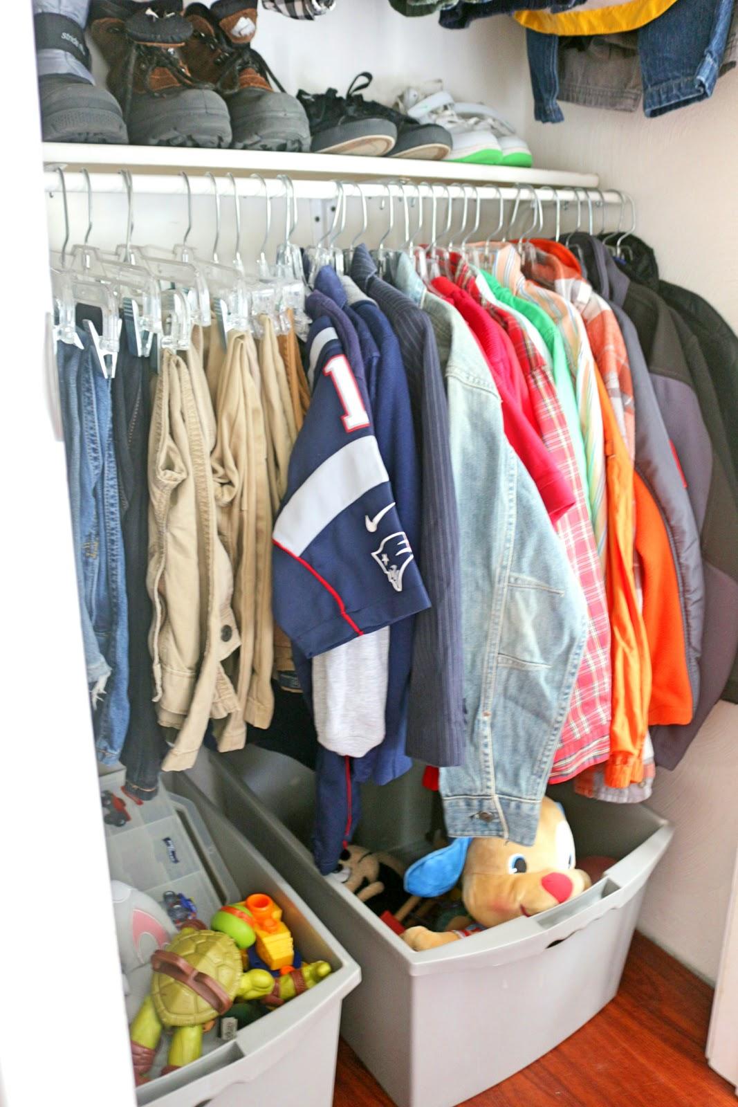 organized kid's closet
