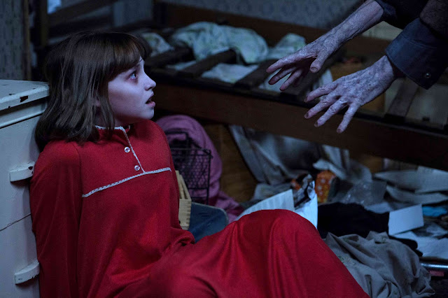 Dread Heightens Up as 'The Conjuring 2' Main Poster Released