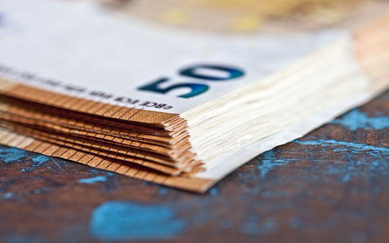 Έκτακτο επίδομα: Ποιοι οι δικαιούχοι των 400 ευρώ