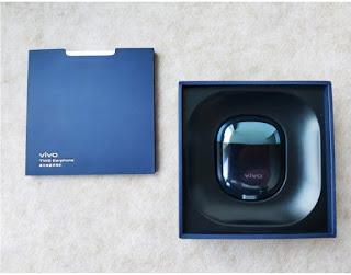 Tentang Vivo Tws Earphone : Headset Bluetooth dan Bentuk nya seperti telur.