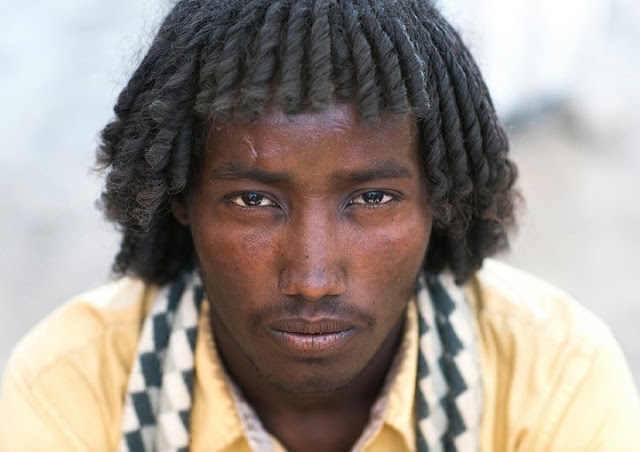 Meet The Tribe Of Africans, Where The Men Plait Their Hairs