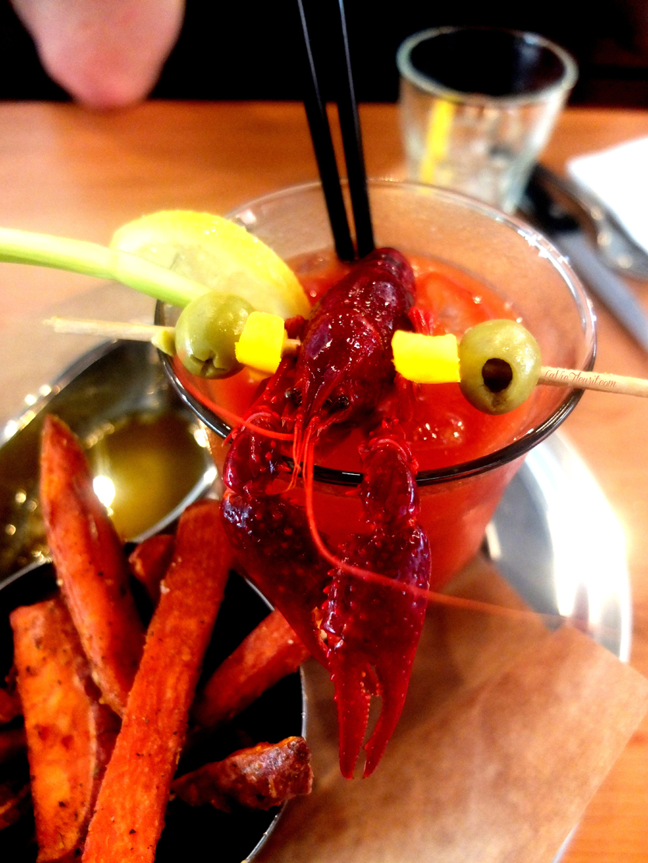 lobster, kreeft, restaurant, savage, antwerpen, antwerp, hotspot, lifestyle, interior, seafood, eten, food, foodie, foodpicture, foodphotography, foodporn, foodblog, lifestyleblog, LaVieFleurit.com,