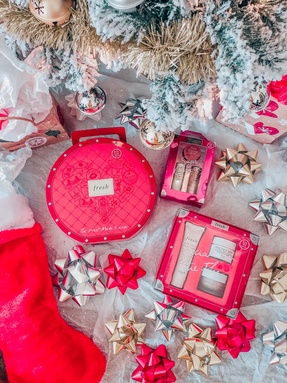 Christmas Beauty Gift Sets.Simply Classy My Favorite Beauty Gift Sets