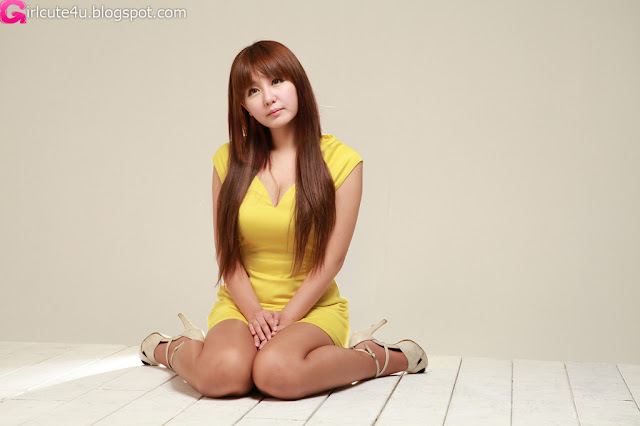 2 Ryu Ji Hye in Yellow-very cute asian girl-girlcute4u.blogspot.com